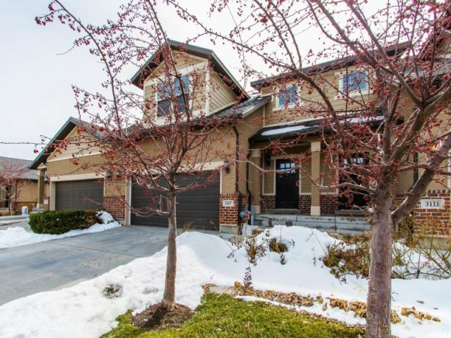 Maison accolée pour l Vente à 3107 W BALD MOUNTAIN Drive 3107 W BALD MOUNTAIN Drive Taylorsville, Utah 84129 États-Unis