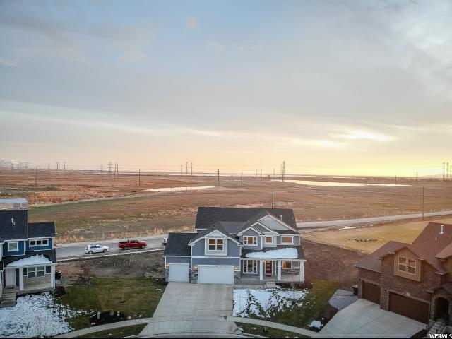 Additional photo for property listing at 949 W 900 S 949 W 900 S Farmington, Utah 84025 Estados Unidos