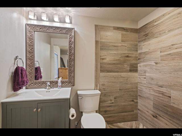 752 W JORDAN OAKS DR Sandy, UT 84070 - MLS #: 1510519