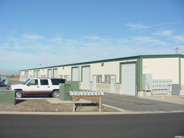 Comercial por un Alquiler en 15-342-0007, 3155 S 2050 W 3155 S 2050 W Unit: 7 West Haven, Utah 84401 Estados Unidos