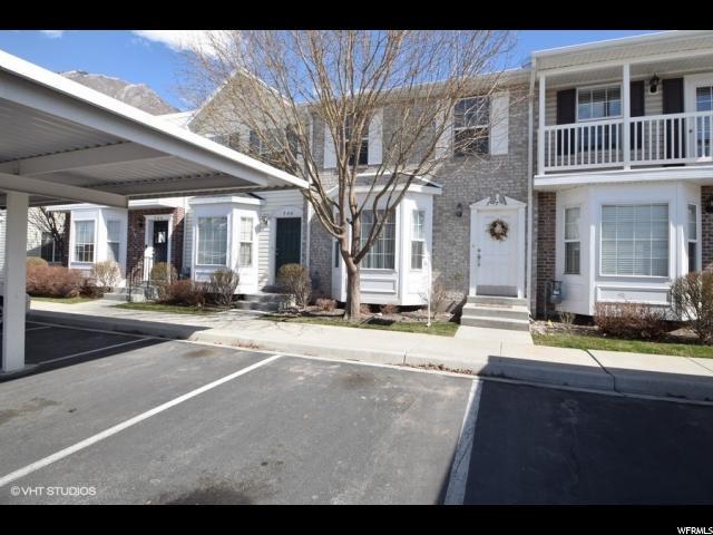 Casa unifamiliar adosada (Townhouse) por un Venta en 776 N 200 E 776 N 200 E Springville, Utah 84663 Estados Unidos