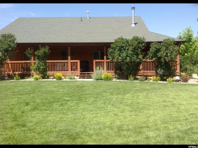 Unique la famille pour l Vente à 30702 OLD LINCOLN HWY 30702 OLD LINCOLN HWY Coalville, Utah 84017 États-Unis