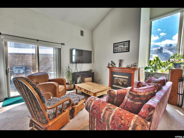 1920 CANYONS RESORT DR Unit 28D, Park City UT 84098