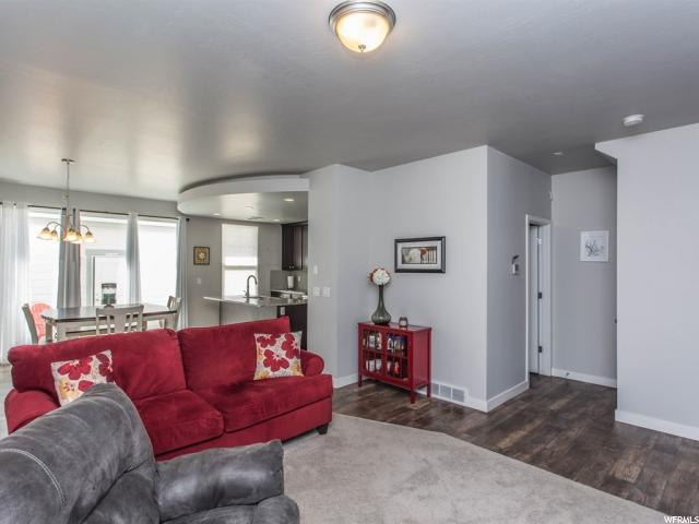 4503 W SOUTH JORDAN PARK WAY South Jordan, UT 84009 - MLS #: 1512311