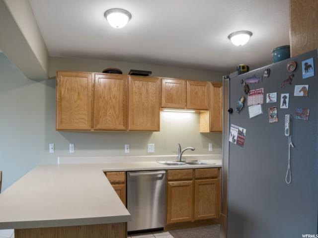 1230 E PRIVET DR Unit 428 Cottonwood Heights, UT 84121 - MLS #: 1512570