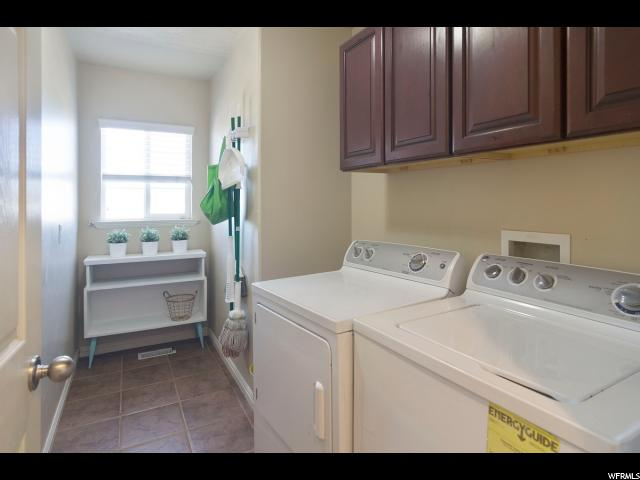 1959 W LONESTAR DR Farmington, UT 84025 - MLS #: 1514515