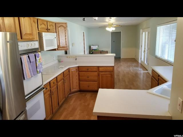 851 S 750 Bountiful, UT 84010 - MLS #: 1515450
