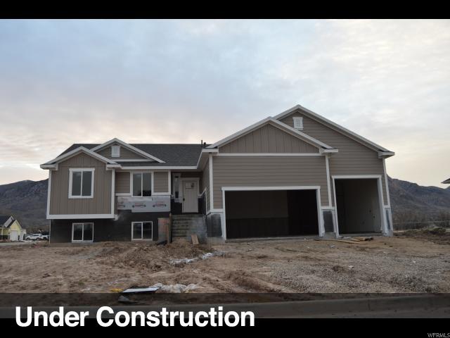 Single Family للـ Sale في 1392 N 200 E 1392 N 200 E Harrisville, Utah 84404 United States