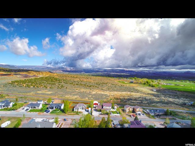 土地,用地 为 销售 在 3000 W 1500 S 3000 W 1500 S Vernal, 犹他州 84078 美国