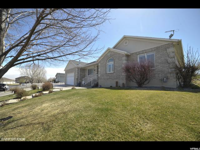 Single Family للـ Sale في 869 CANYON VIEW Drive 869 CANYON VIEW Drive Roosevelt, Utah 84066 United States