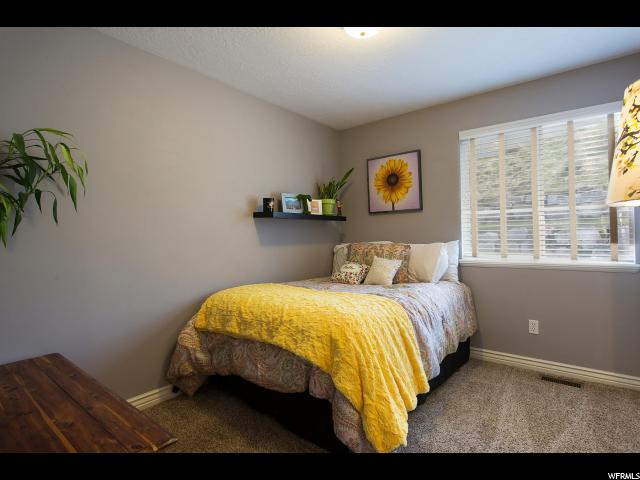 289 E EAGLERIDGE DR North Salt Lake, UT 84054 - MLS #: 1516621