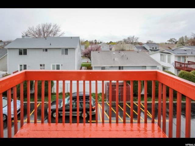 8278 S WILLIAMSBURG PARK CRK Sandy, UT 84070 - MLS #: 1517370