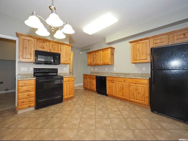 11638 S OAKMOND RD South Jordan, UT 84009 - MLS #: 1518555
