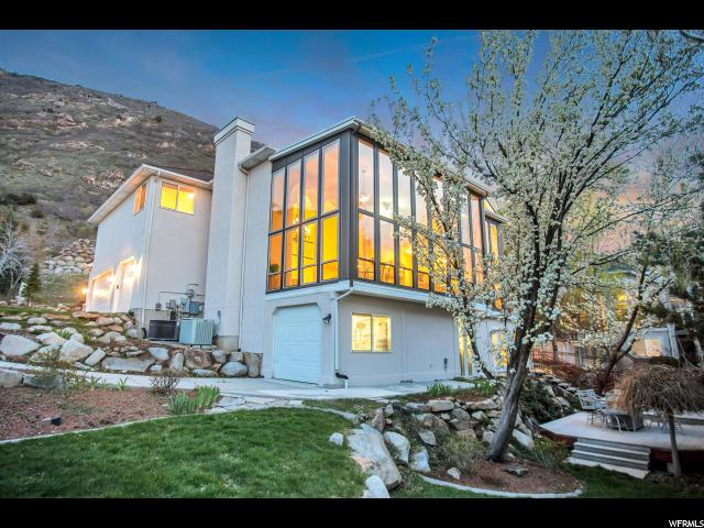 11942 S HIDDEN BROOK BLVD, Sandy UT 84092