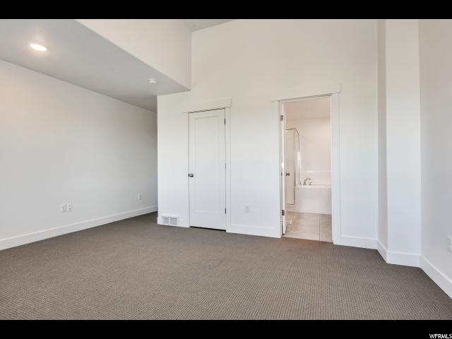 4233 S TYTUS DR Unit 244 Murray, UT 84107 - MLS #: 1520398