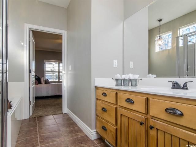 11394 S OVERSHINE LN South Jordan, UT 84009 - MLS #: 1520519