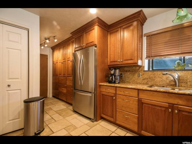 12012 HIDDEN VALLEY CLUB DR Sandy, UT 84092 - MLS #: 1520583