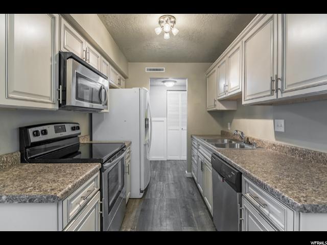 14 W LESTER AVE Unit A23 Murray, UT 84107 - MLS #: 1521100
