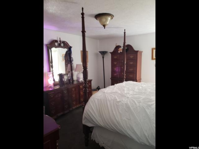 1122 W CARMELLIA DR Taylorsville, UT 84123 - MLS #: 1521323