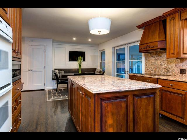 2834 E SHERWOOD DR Salt Lake City, UT 84108 - MLS #: 1521459
