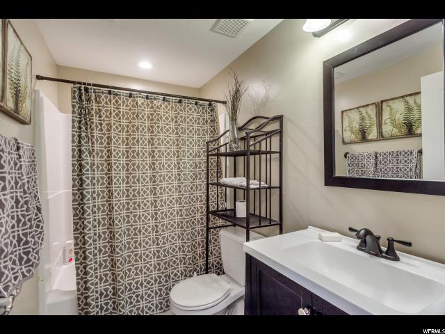 221 W CEDAR GROVE LN Saratoga Springs, UT 84045 - MLS #: 1524298