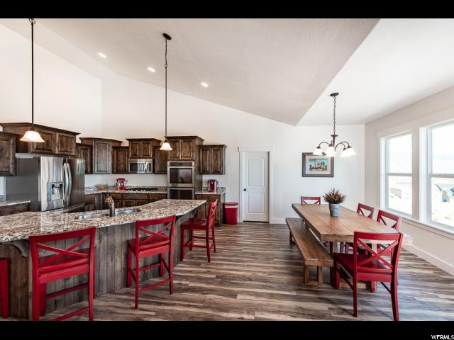 527 W MOUNTAIN VIEW RD Lehi, UT 84043 - MLS #: 1525719