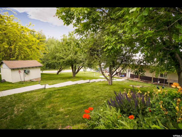 1632 S SUNSET DR Kaysville, UT 84037 - MLS #: 1527551