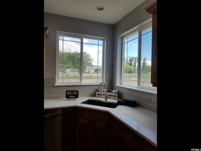 2402 W RIDGELINE RD Unit 435 Stockton, UT 84071 - MLS #: 1527810