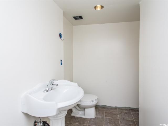 4990 W LITTLE WATER PEAK DR Riverton, UT 84096 - MLS #: 1528132