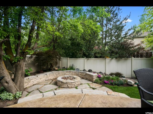 6322 S HAVEN CHASE LN Salt Lake City, UT 84121 - MLS #: 1528245