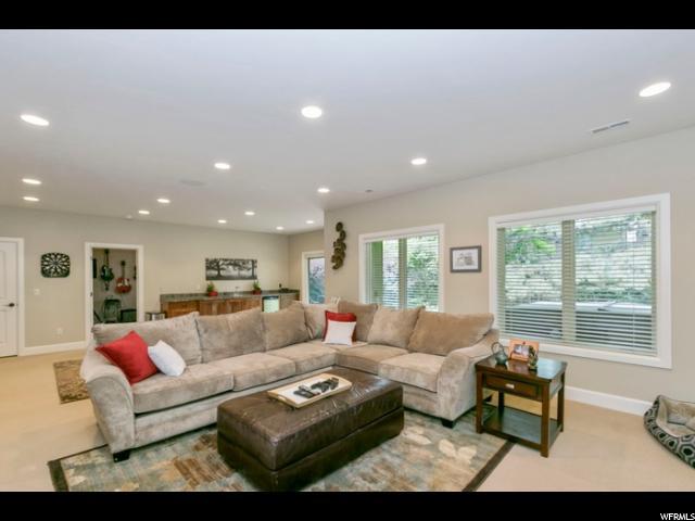 8812 S SUTTON WAY Cottonwood Heights, UT 84121 - MLS #: 1528796