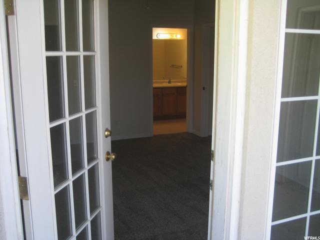 990 S COURTYARD LN Unit 4 Centerville, UT 84014 - MLS #: 1529818