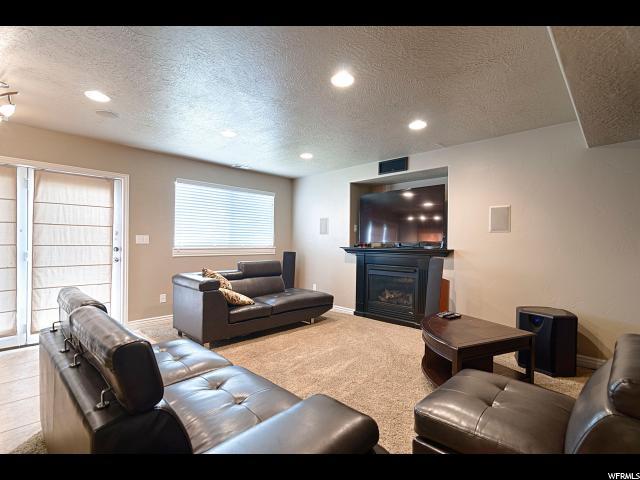 997 W WITNEY CIR North Salt Lake, UT 84054 - MLS #: 1530100