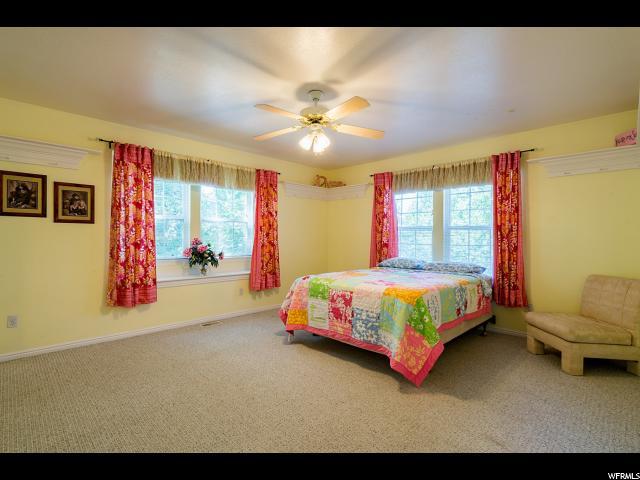995 S WHISPERWOOD CV Kaysville, UT 84037 - MLS #: 1530616