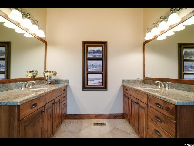 3710 W RIDGE VIEW DR Peterson, UT 84050 - MLS #: 1530783