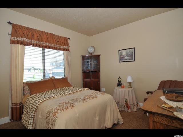 8719 N STONEBRIDGE LN Eagle Mountain, UT 84005 - MLS #: 1530811