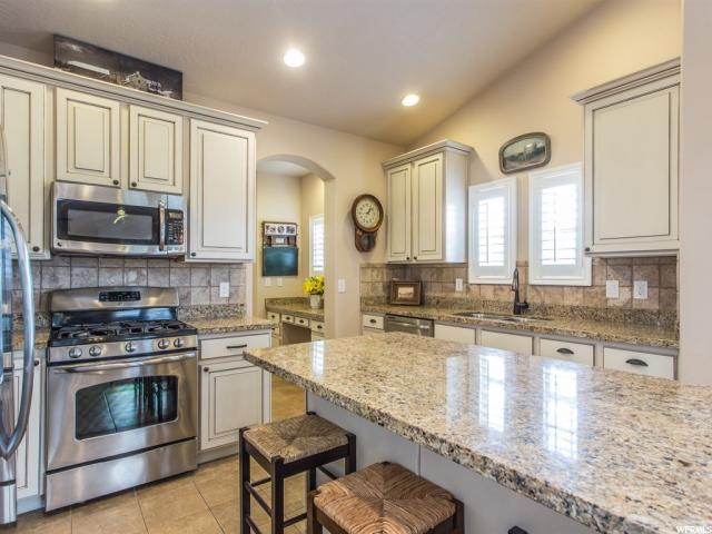 4726 W OYSTER SHELL RD South Jordan, UT 84009 - MLS #: 1531363
