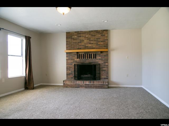 416 S WHITESIDE ST Layton, UT 84041 - MLS #: 1531633