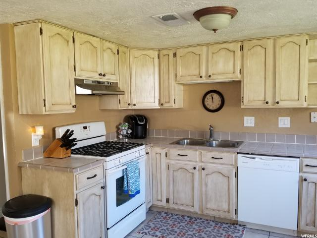 991 E 3150 North Ogden, UT 84414 - MLS #: 1531736