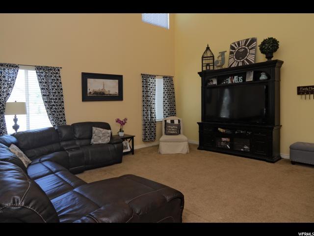85 S WELLINGTON DR Kaysville, UT 84037 - MLS #: 1531850