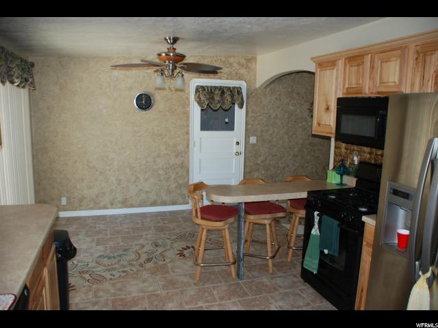 4271 S FOWLER AVE South Ogden, UT 84403 - MLS #: 1532092