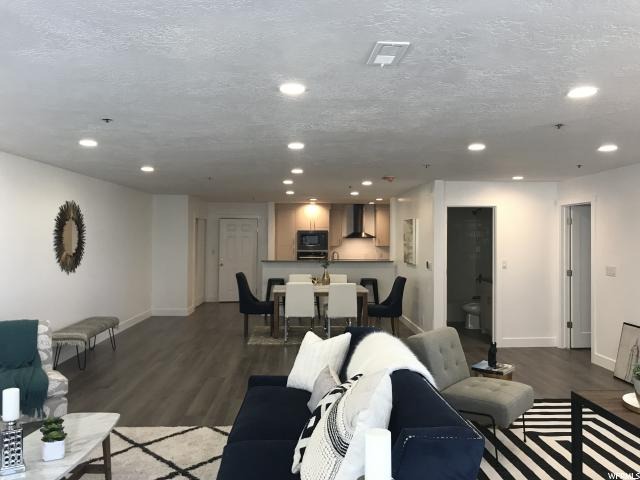 44 W 300 Unit 2203S Salt Lake City, UT 84101 - MLS #: 1532094