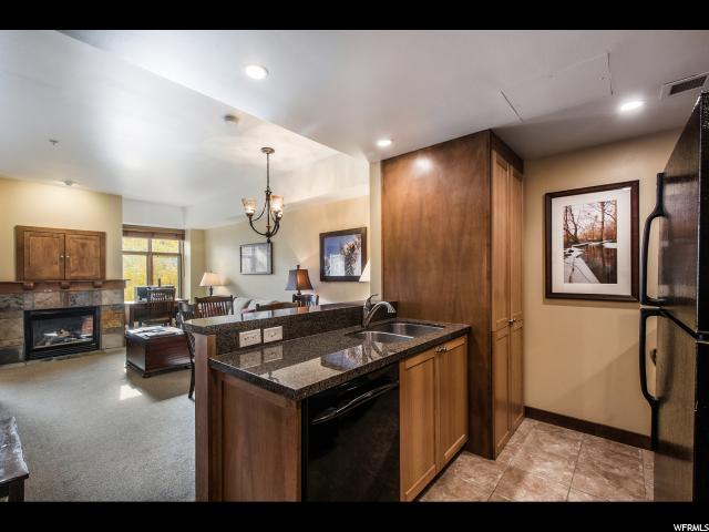 3720 N SUNDIAL SUNDIAL Unit B406 Park City, UT 84098 - MLS #: 1532125