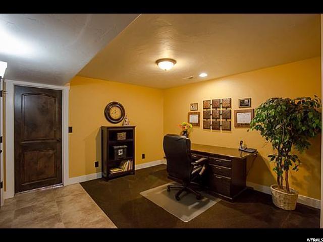 1011 S VIEW CREST LN Kaysville, UT 84037 - MLS #: 1532206