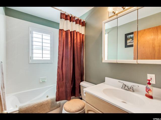 3524 S HIGHLANDER ST West Valley City, UT 84128 - MLS #: 1533665