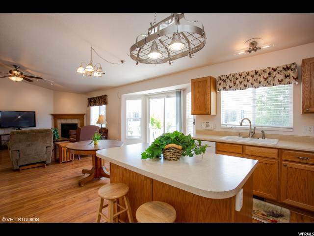 6693 W HUNTER PEAK CIR West Valley City, UT 84128 - MLS #: 1534210