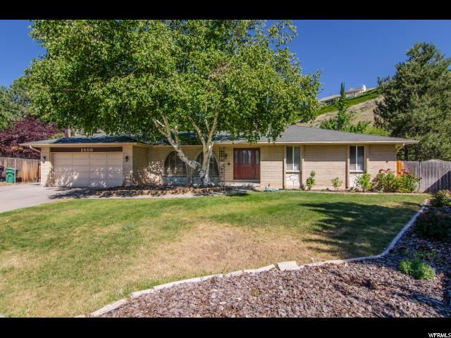 2500 E VAIL CIR, Sandy UT 84093