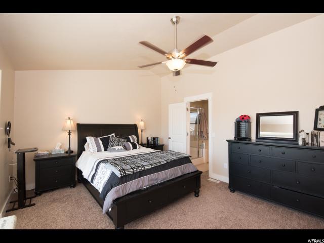 870 W STEEPLE CHASE DR Kaysville, UT 84037 - MLS #: 1535203