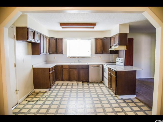 1872 W 7265 West Jordan, UT 84084 - MLS #: 1535228