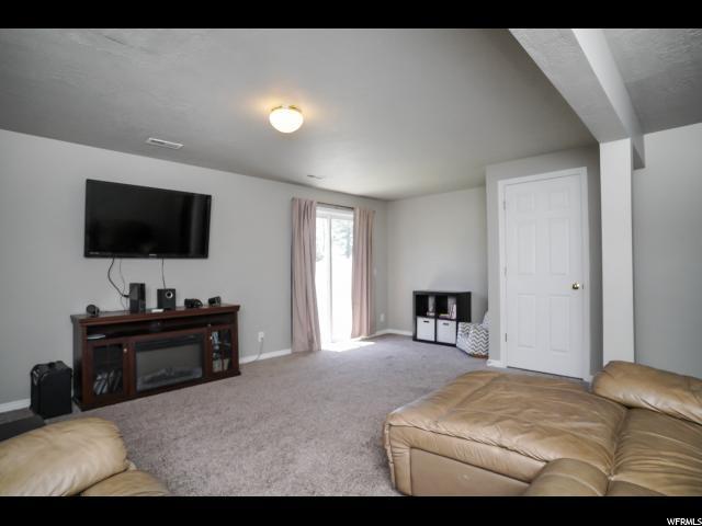 416 E 525 Clearfield, UT 84015 - MLS #: 1535397
